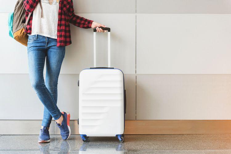 7732a9dee6e1b Látkový alebo plastový cestovný kufor do lietadla? Lacné nebývajú ...