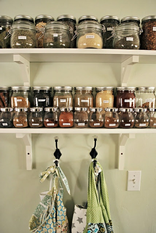 Úložný priestor v kuchyni - koreničky