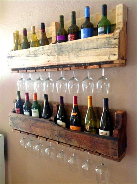 Úložný priestor v kuchyni - stojan na víno