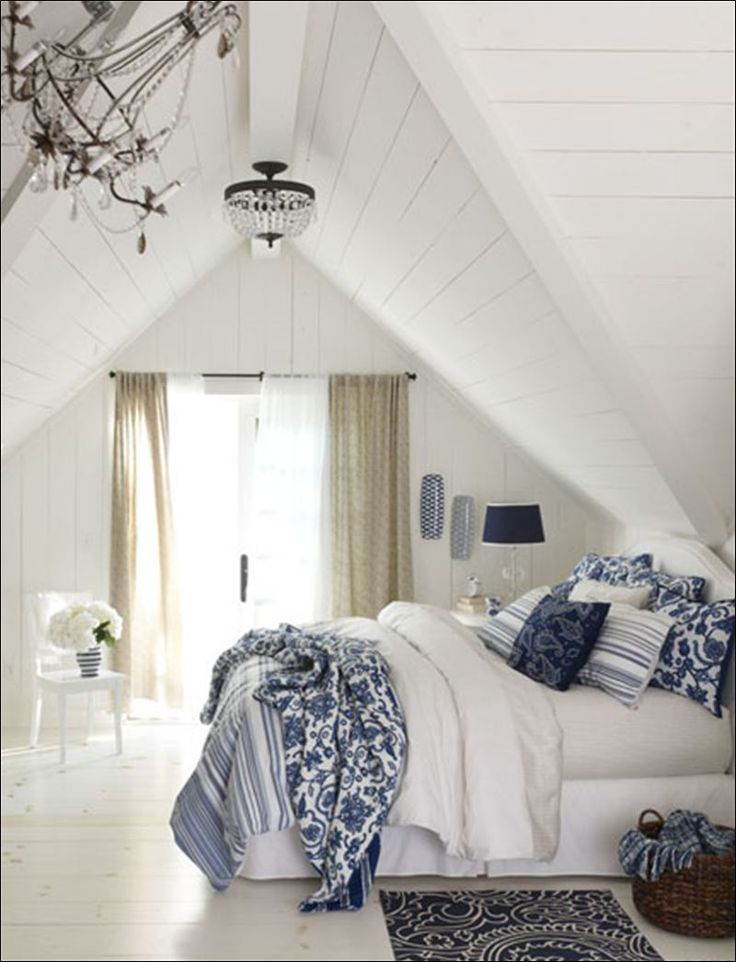 Námornícka modrá a biela spálňa