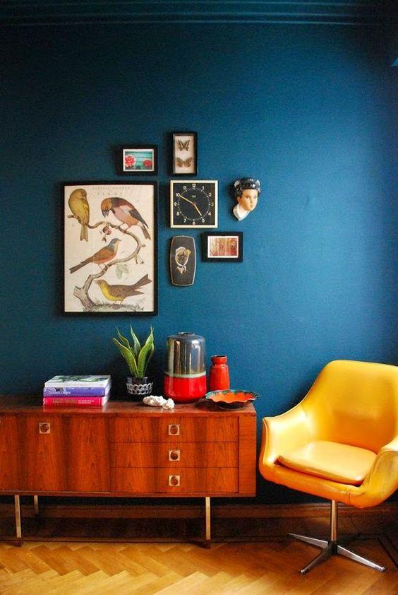 Modro-žltá obývačka