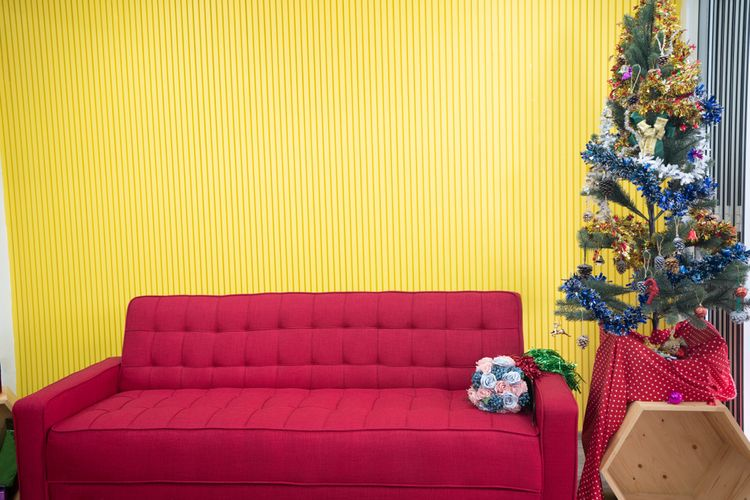 Žltá stena v obývačke
