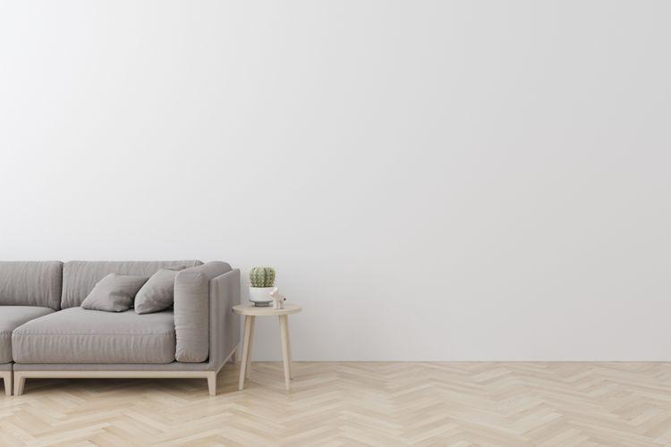 Sivý gauč v obývačke