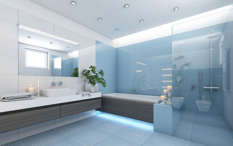 Modré detaily v kúpeľni