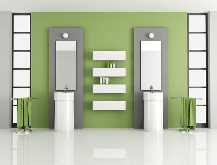 Zeleno-sivá kúpeľňa