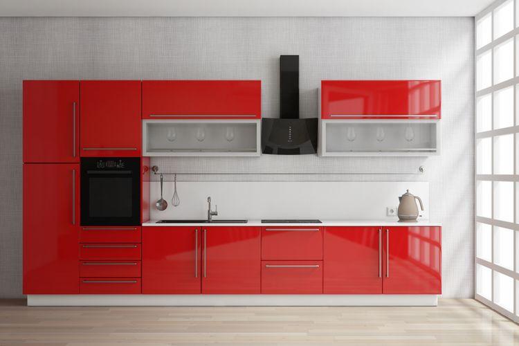 Malá červená kuchyňa