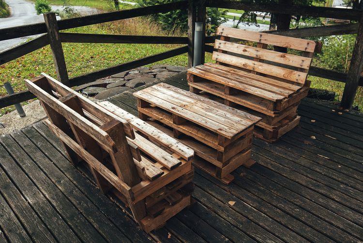 Paletové sedenie na terasu