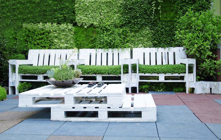 Záhradné paletové sedenie