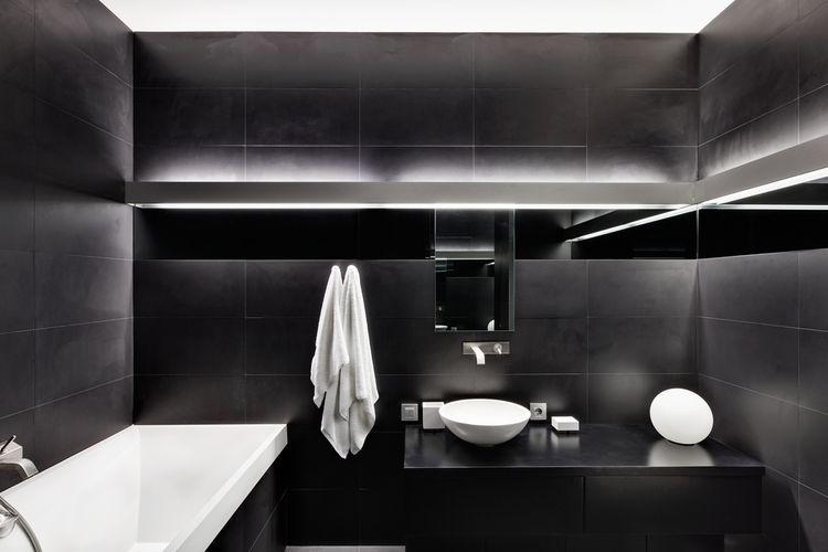 Matná čierna kúpeľňa
