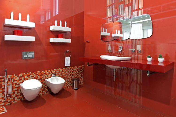 Červená kúpeľňa