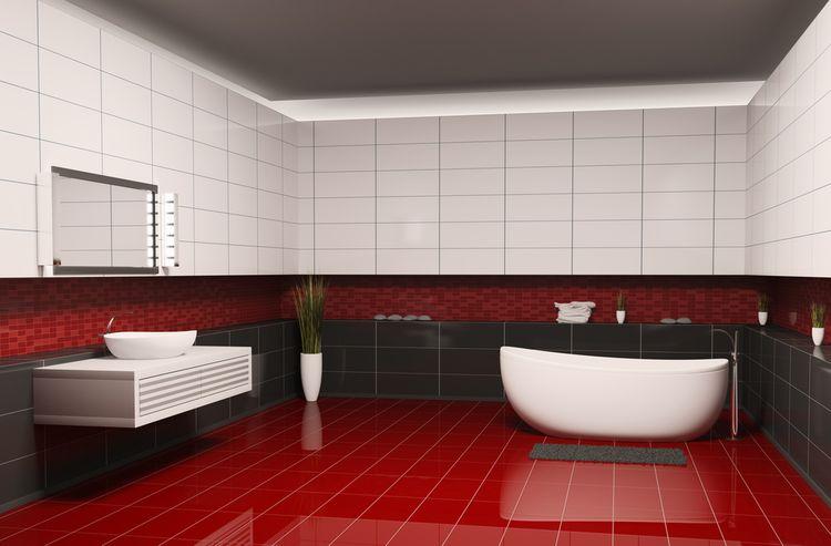 Červená podlaha v kúpeľni