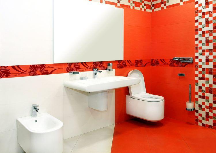 Červená v kúpeľni