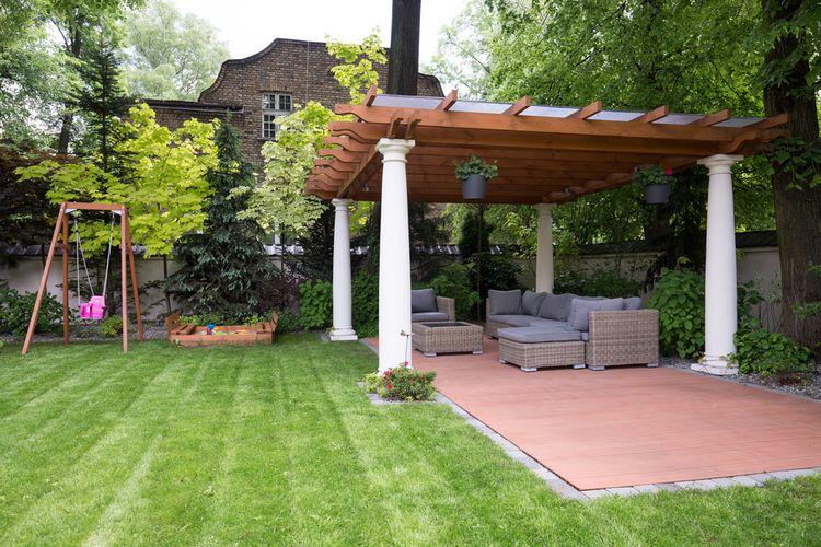 Otvorený záhradný altánok