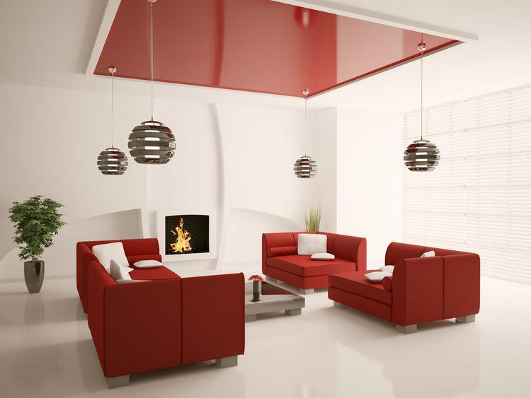 Červené posedenie a strop