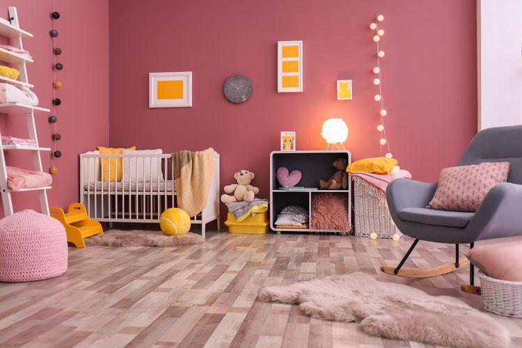 Detská izba s ružovými stenami