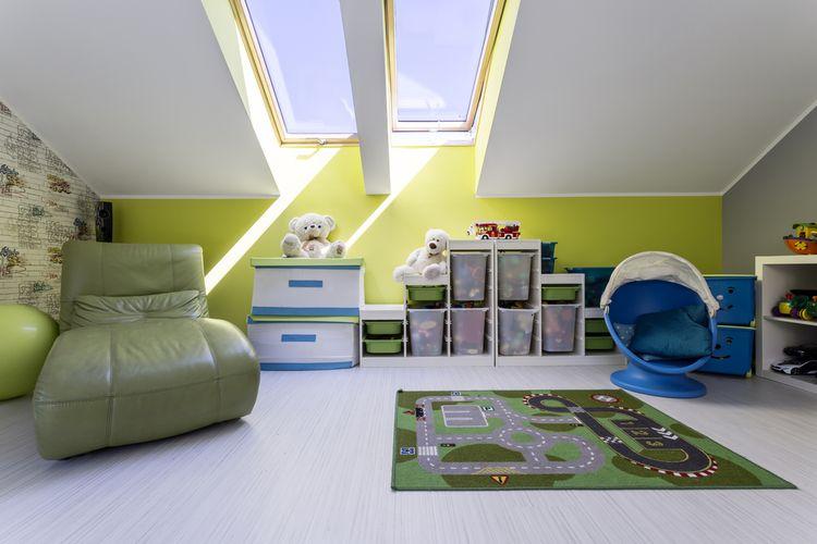 Zelená detská izba v podkroví