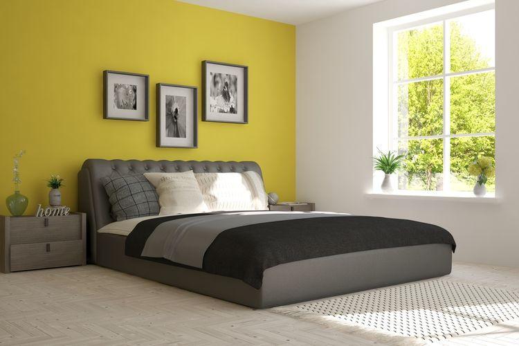 Žlto-sivá spálňa