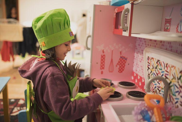 2e7f403c9 Drevené detské kuchynky pre deti? Najlacnejšie sú plastové ...