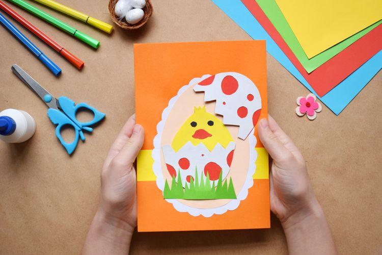 3745184a9 Veľkonočné dekorácie z papiera, filcu, vlny na stôl aj na dvere ...