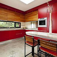 Červená farba kuchyne citeľne zvýši váš apetít