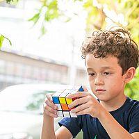 Hlavolamy pre deti aj dospelých: Drevené či kovové?