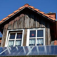 Solárne panely na dom, chatu aj bazén. Všetko čo potrebujete vedieť