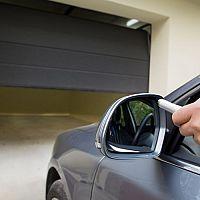 Ako vybrať garážovú bránu? Sekčnú, posuvnú, rolovaciu alebo dvojkrídlovú