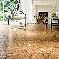 Korková podlaha do kúpeľne aj kuchyne – výhody, nevýhody avaše skúsenosti