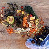Ekologické kompostovateľné vrecká do koša sú najlepšou voľbou pre biologicky rozložiteľný odpad!