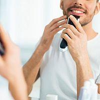 Ako vybrať holiaci strojček pre muža? Planžetový, frézkový či so zastrihávačom?