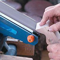 Najlepšie pásové brúsky na drevo sú Makita, Hecht a Bosch