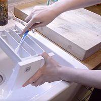 Ako sa zbaviť zápachu z umývačky alebo pračky