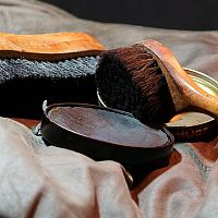 Ako čistiť kožu, kožené sedačky a bundy