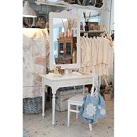 Kozmetický stolík pre modernú ženu