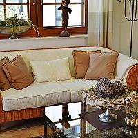 Prútený a ratanový nábytok do interiéru aj exteriéru