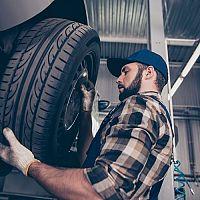 Ako vybrať zimné a letné pneumatiky? Dôležité sú rozmery či rýchlostný index