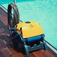Najlepší bazénový vysávač? Zander, Dolphin, Interx alebo Reactions?