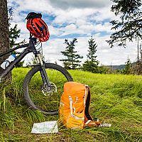 Najlepší cyklo batoh? Recenzie a test chvália Cube, Scott, Kellys a Deuter