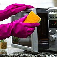 Ako predĺžiť životnosť mikrovlnky? Praktické rady, ktoré vám pomôžu
