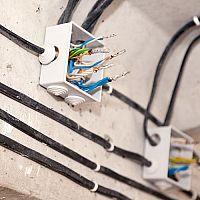 Výmena elektrických rozvodov v byte, dome, bytovom dome. Aká je cena, treba povolenie?