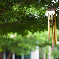 Ako si vybrať zvonkohru? Obľúbené sú kovové, bambusové i sklenené zvonkohry
