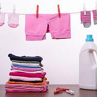 Ako prať a ako sa starať o oblečenie pre bábätko?
