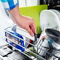 Výhody a nevýhody umývačiek riadu: Životnosť, spotreba vody, rady