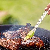 Ako správne grilovať mäso, ryby, zeleninu a syr na drevenom uhlí, elektrickom a plynovom grile