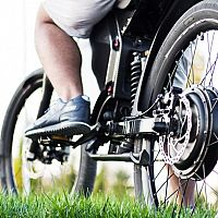 Ako vybrať elektrobicykel? Obľúbené sú mestské skladacie bicykle i horské elektrobicykle