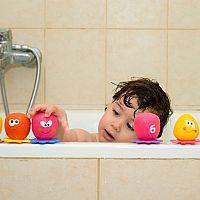 Penové či naťahovacie hračky do vane pre deti i bäbatká