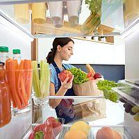Skladovanie potravín v chladničke. Viete, čo do nej nepatrí?