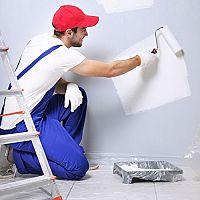 Matúš Ochaba: Maľovanie stien profesionálnym maliarom je prezákazníka vždy výhodnejšie