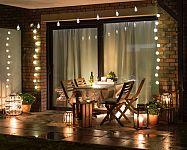 Osvetlenie terasy – solárne lampy alebo LED svietidlá?