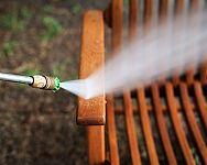 Ošetrenie dreveného nábytku či altánku pred zimou